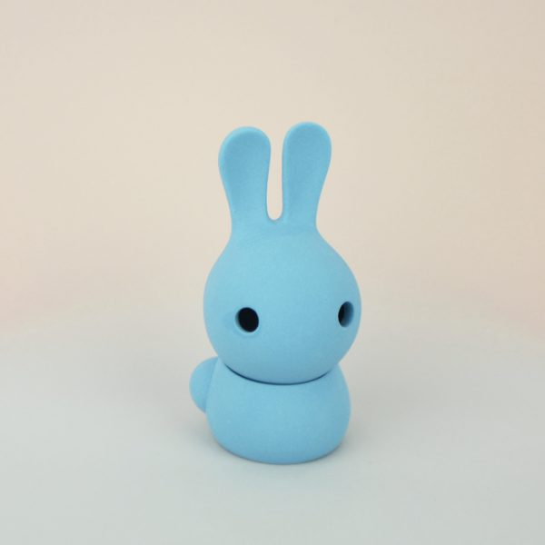Cuniculus small with body, light blue
