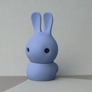 Cuniculus small with body, blue